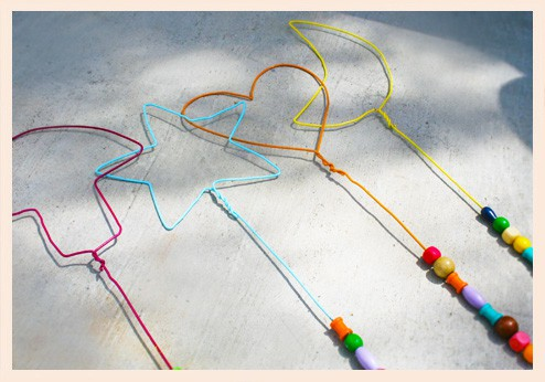 http://www.sandytoesandpopsicles.com/craft/homemade-bubble-wands/