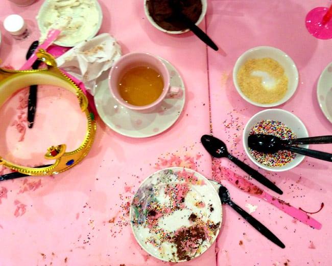 caseys-cupcakes-mess
