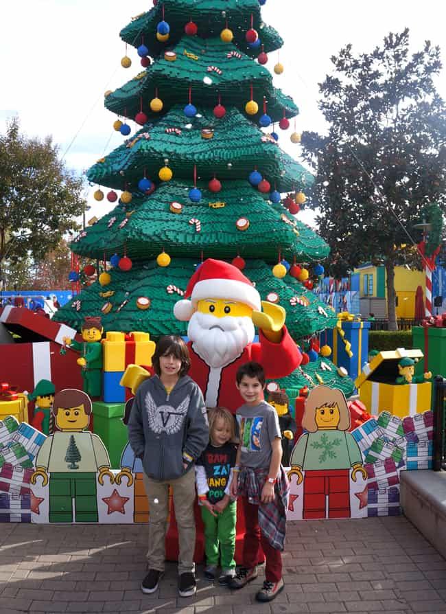legoland_christmas_lego_santa