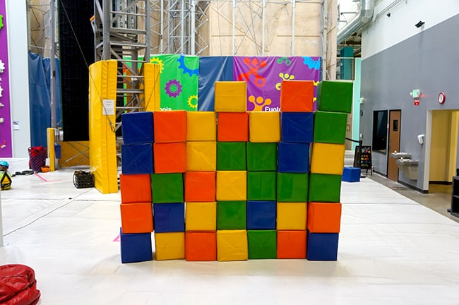 funtopia-kids-indoor-rock-climbing-santa-ana