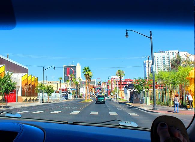 downtown-las-vegas-trip