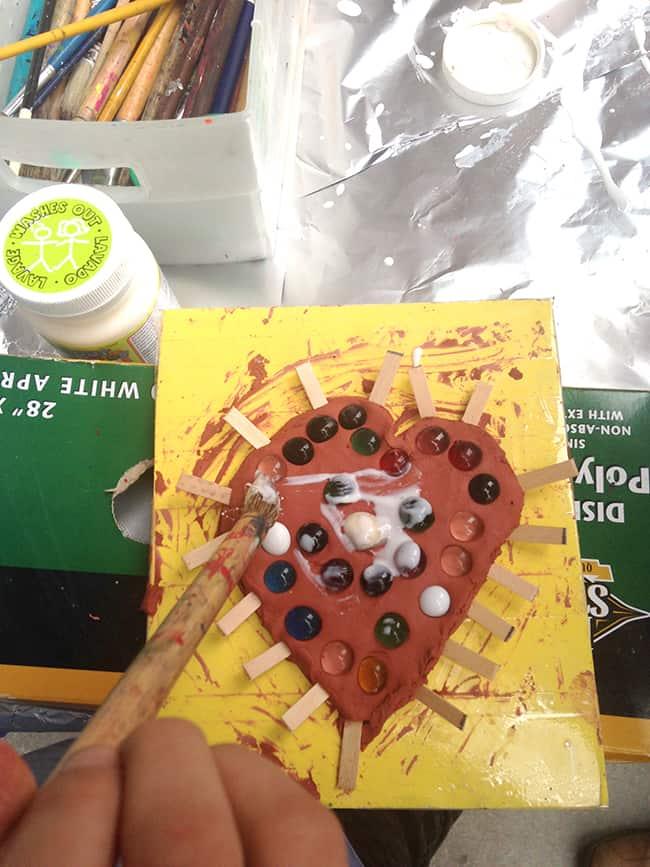 ocma-free-second-sundays-kids-crafts
