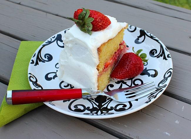 rose-cream-strawberry-shortcake