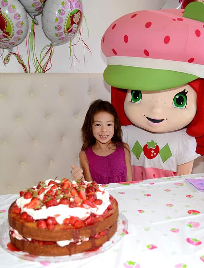 strawberry-shortcake-aubrey-anderson-emmons