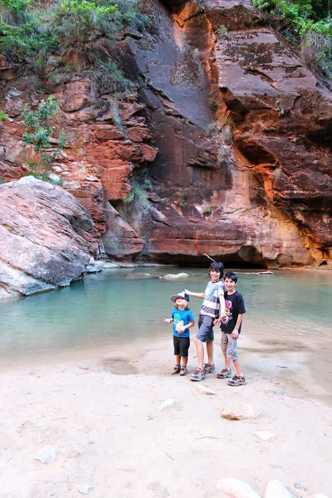 zion-national-park-river-walk-trail