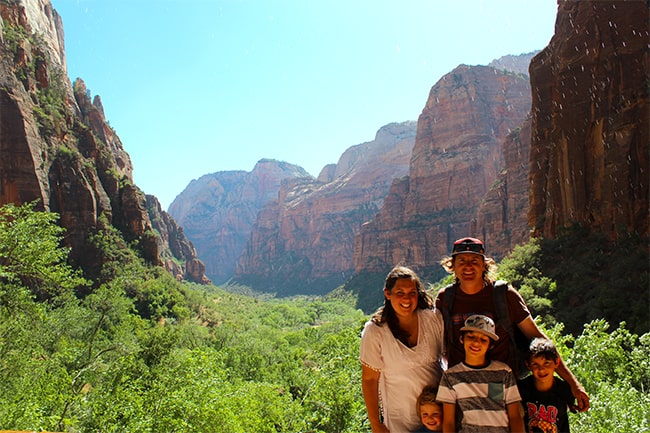 zion-national-park-weeping-rock-trail