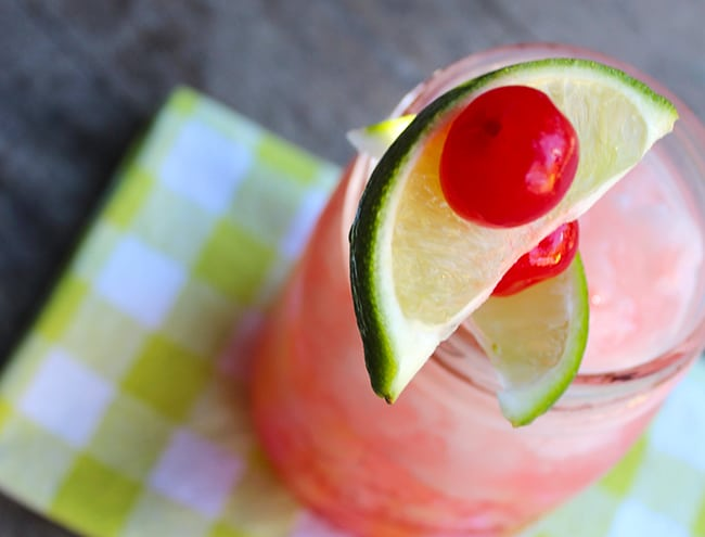 how-to-make-cherry-limeade-ganish