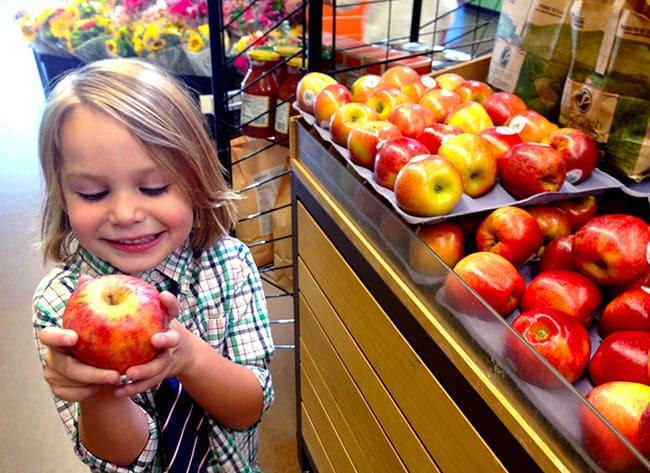 Fresh & Easy Washington Apples Honey Crisp