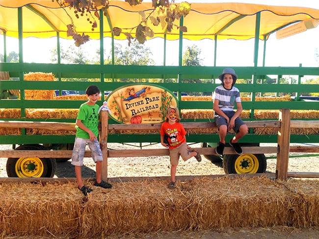 irvine-park-railroad-hay-rides