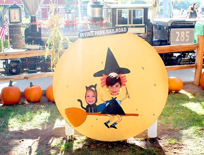 irvine-park-railroad-pumpkin-patch-photo-backgrounds