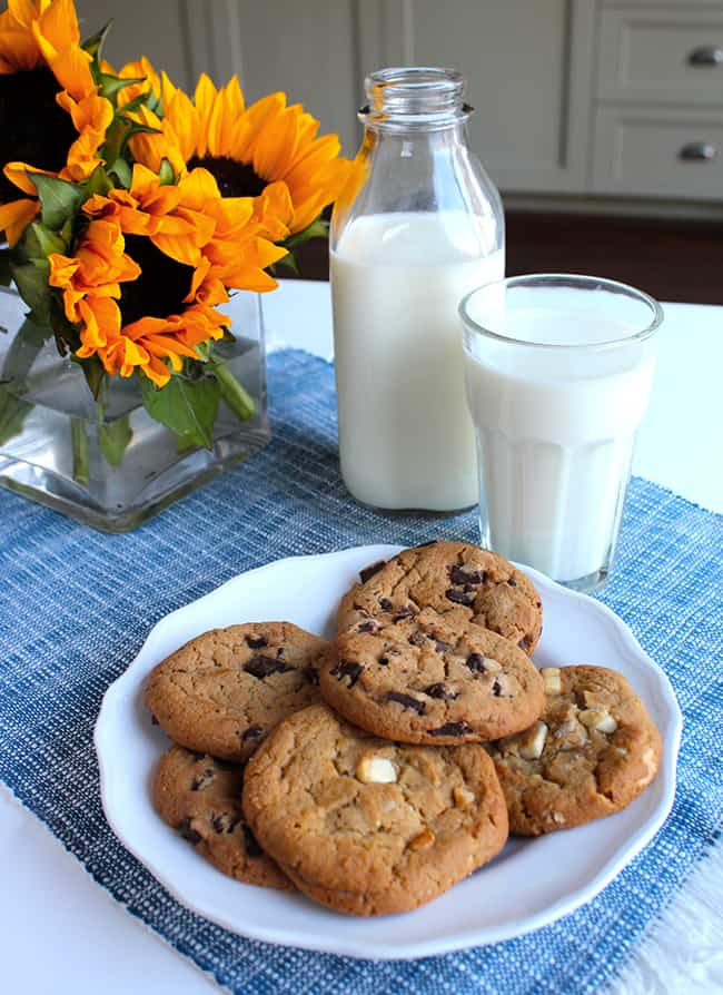 milk-and-cookies-party