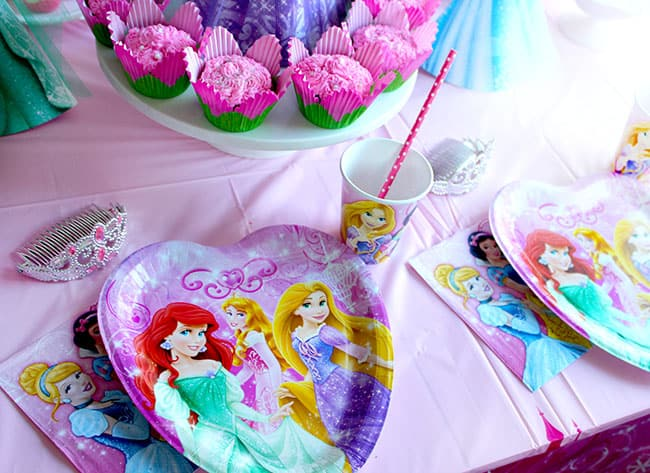 walmart-disney-princess-table-ware