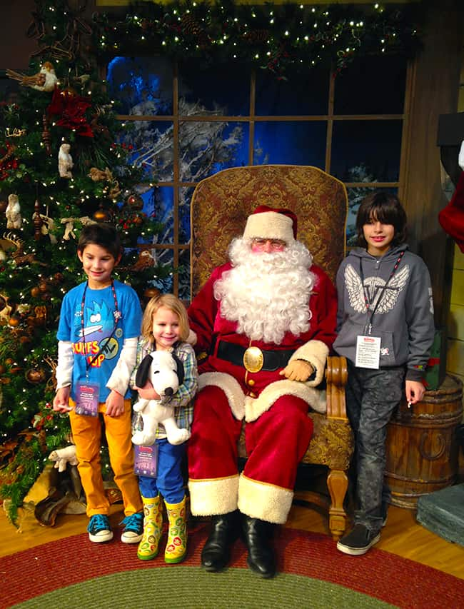 knotts-merry-farm-santa