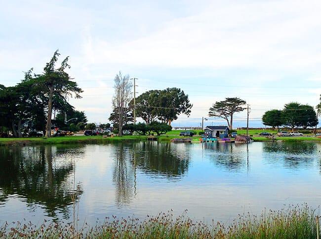 Best-Dennis-the-Menace-Park-Lake