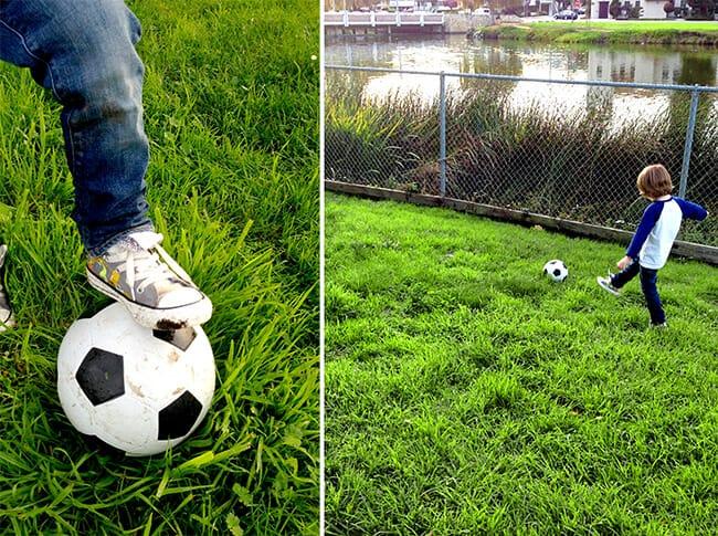 school-specialty-soccer-ball-kit