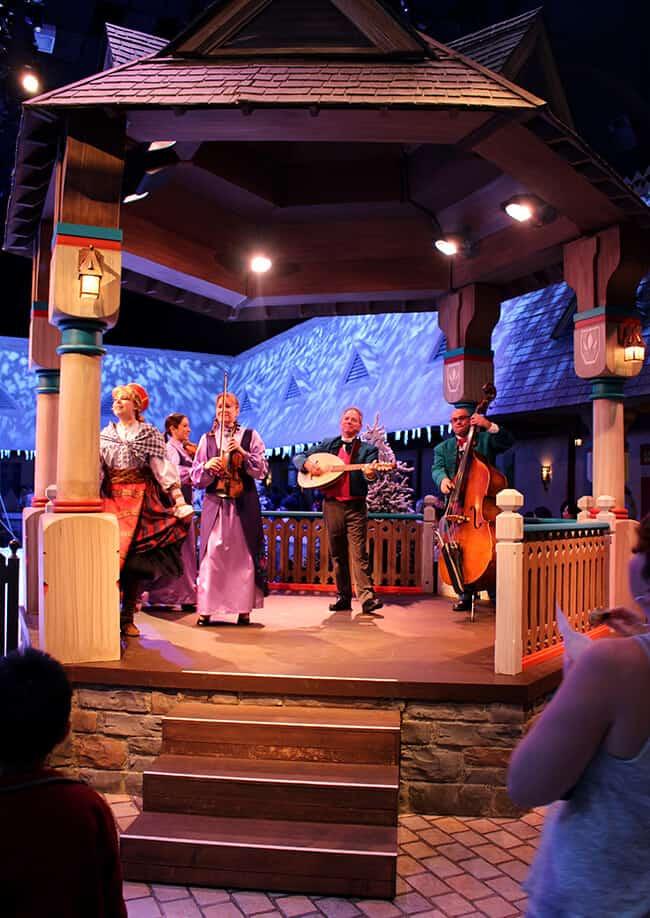 Disneyland Frozen Arendelle