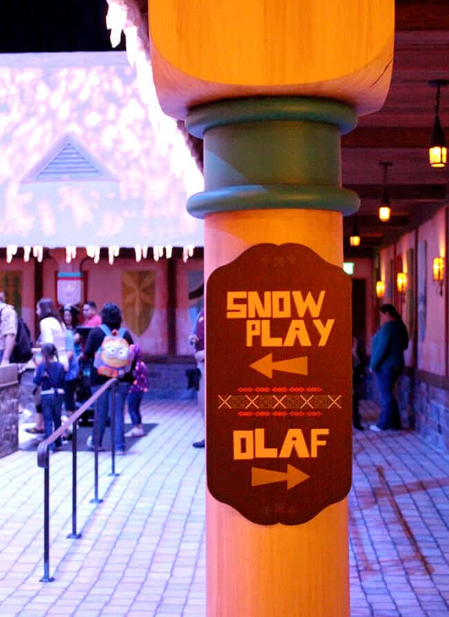 Disneyland Frozen Fun Olaf