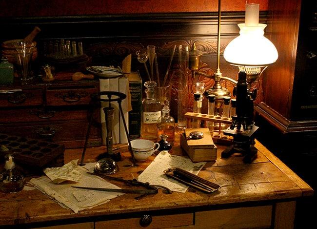 Traveling Sherlock Holmes Exhibit DSC