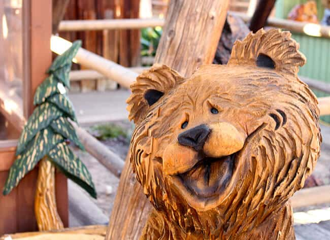 Chainsaw Art at Knott's