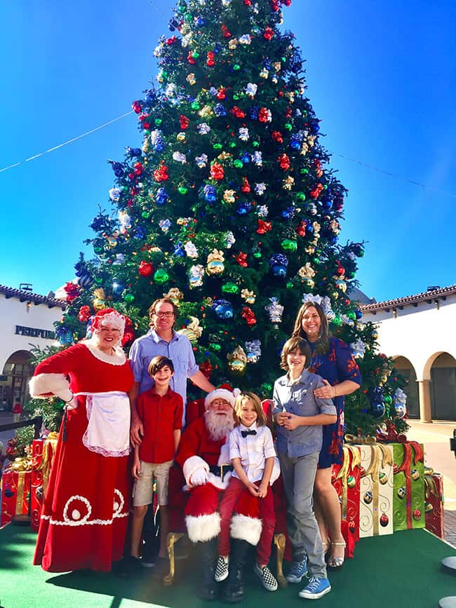 Family Picture at the Outlets of San Clemente