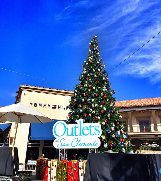 Outlets at San Clemente at Christmas Time