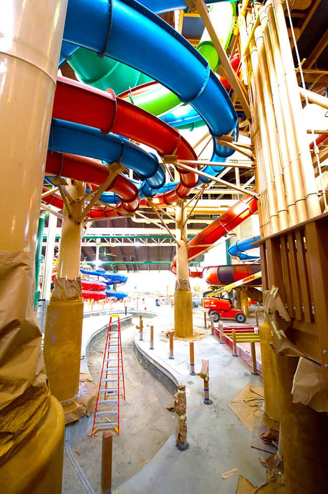 A look inside the 105,000 square foot water park at Great Wolf Lodge