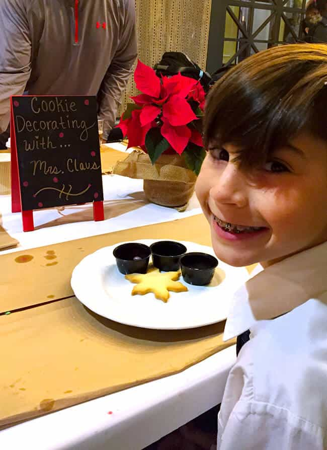 Cookie Decorating at the Four Seasons