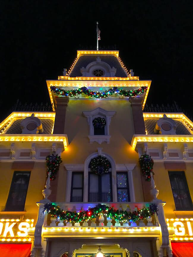Disneyland Christmas Town Hall