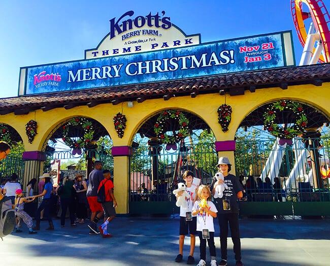 Knott's Merry Farm Entrance