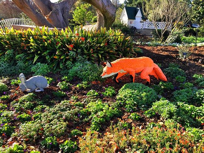 Lego Fox and Rabbit