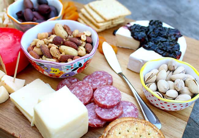How to Make A Nice Cheese Tray