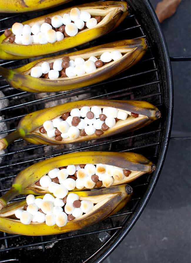 Grilling Bananas on the bbq