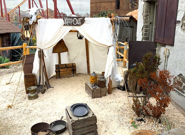 Knott's Camp