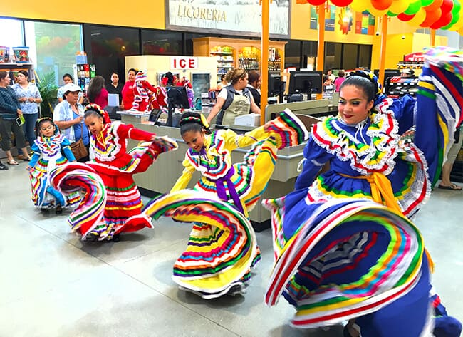 Dancers at Northgate Market