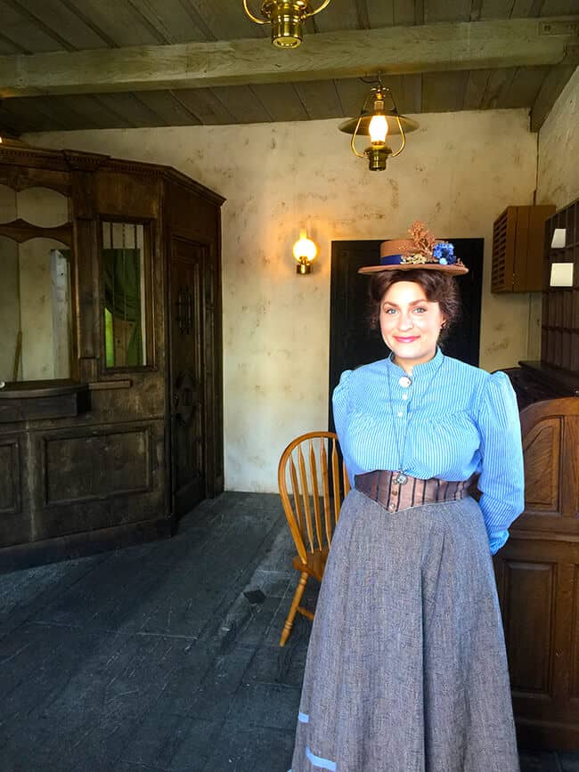 Knott's Berry Farm Town Citizen