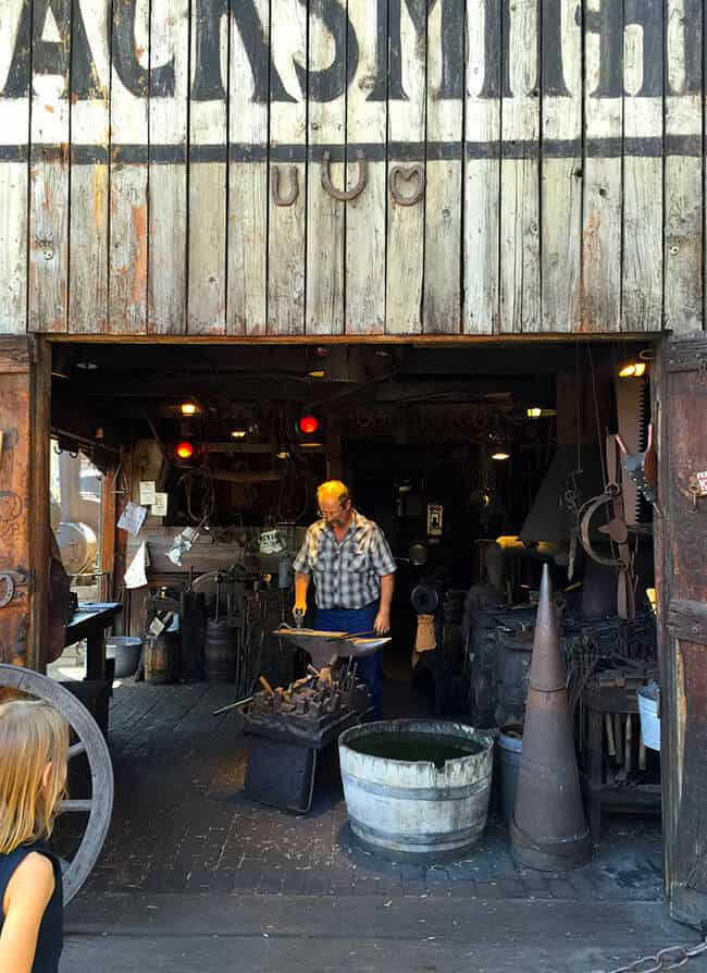 Knott's Blacksmith Shop