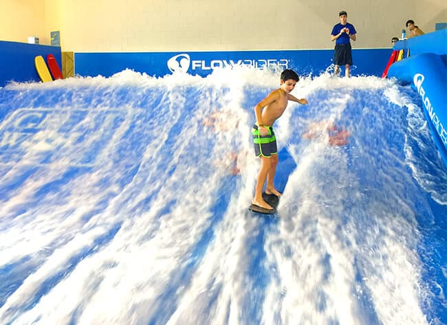 flowrider_wakeboarding_great_wolf_lodge