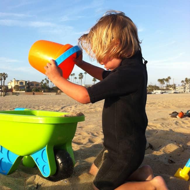 seal-beach-sand-toys