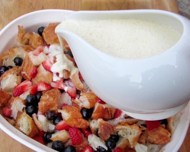 blueberry-bread-pudding-cream-cheese