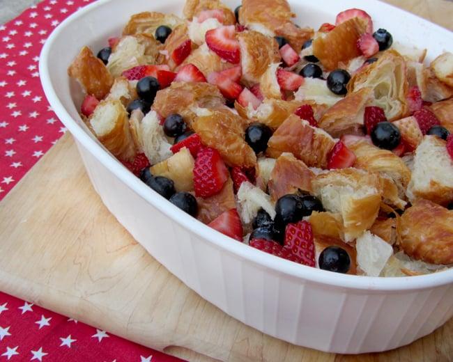 blueberry-strawberry-cream-cheese-bread-pudding