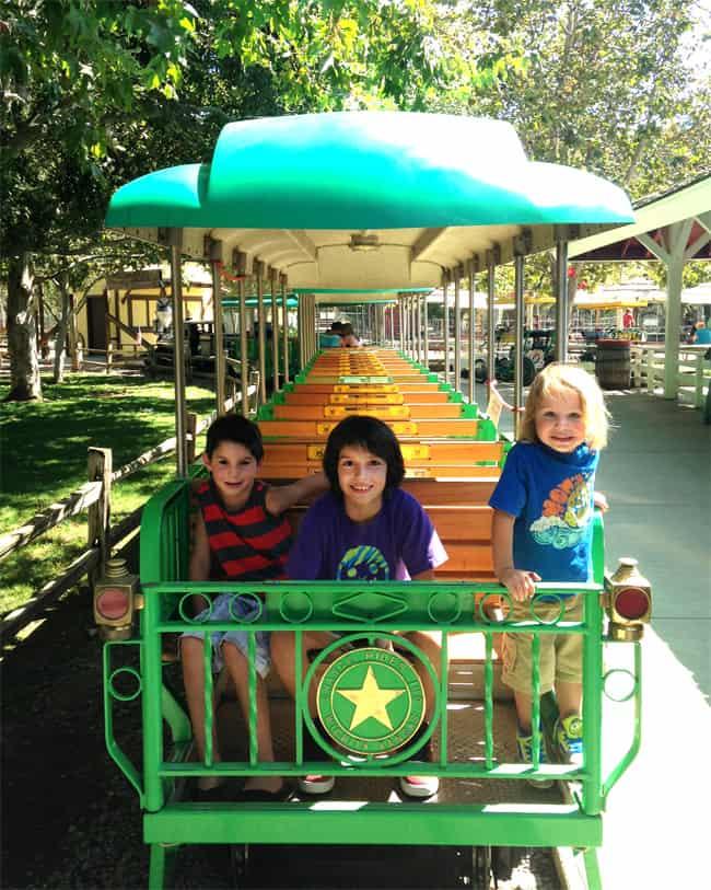 irvine-park-train-rides