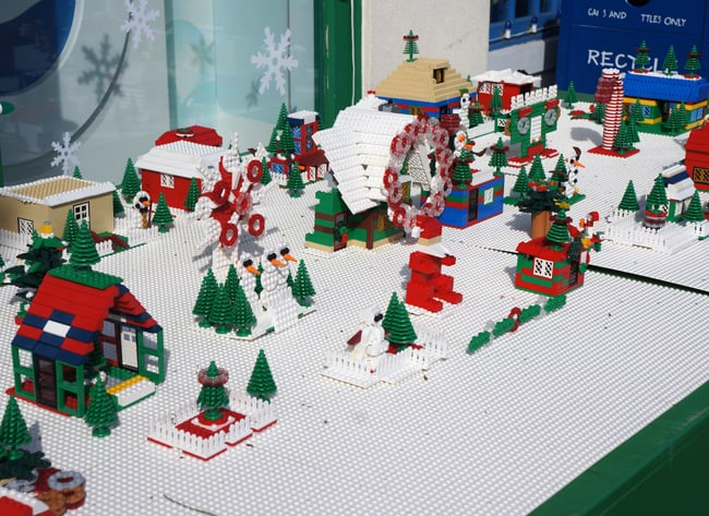 legoland_christmas_lego_display