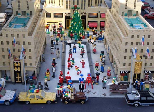 legoland_christmas_legos