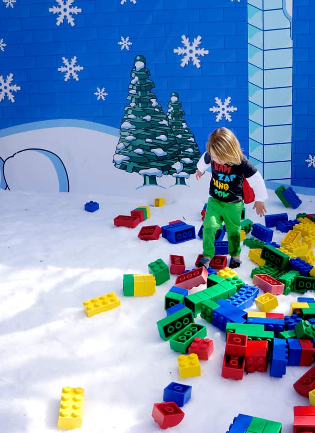 legoland_christmas_snow_play