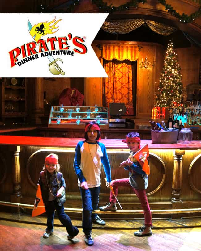 pirates-dinner-adventure-chirstmas-in-orange-county