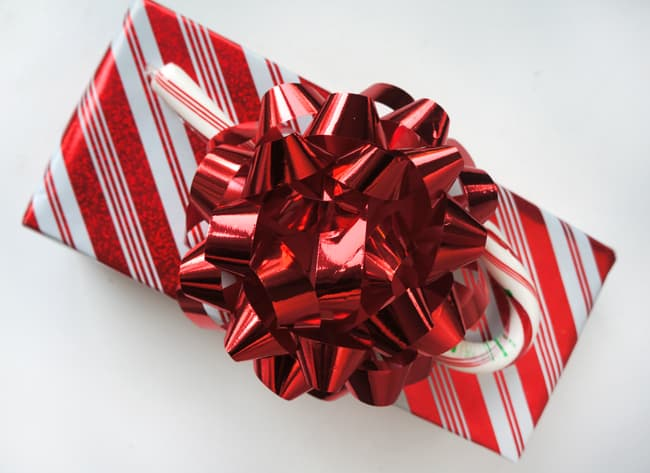 walgreens-holiday-wrapping-ideas-#shop