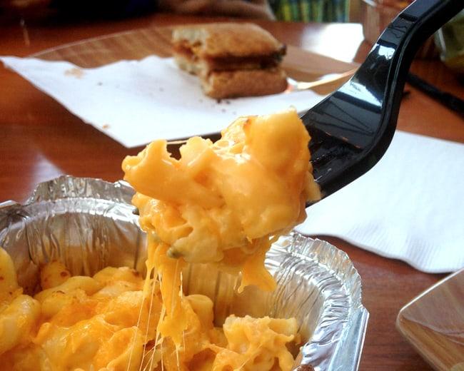 earl-of-sandwich-mac-n-cheese