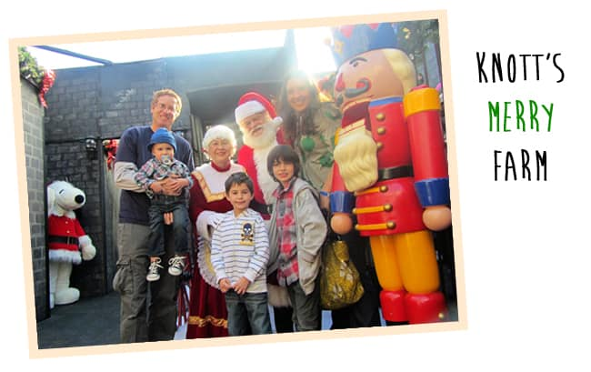 knotts-merry-farm-christmas-family-fun-orange-county