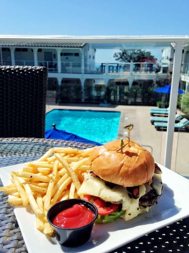 hotel-indigo-del-mar-lunch