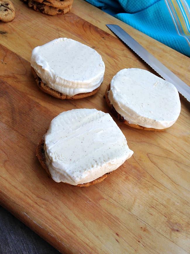 homemade-ice-cream-sandwich-recipe